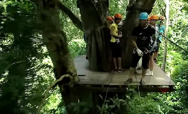 Video Flying Hanuman Extreme Ziplining