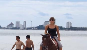 Ruhiges Strandleben am Long Beach - Hua Hin / Cha Am Video