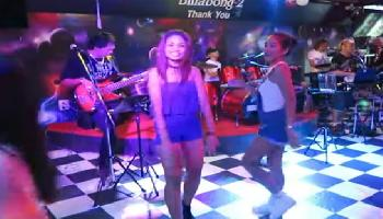 Billabong Beer Bar Pattaya - Pattaya Video