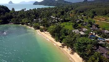 Start Video Koh Yao Noi - Trauminsel im Golf - Aerial 4K Baden + Strand