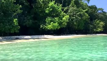 Leuchtendes Wasser am Strand - Koh Chang Video